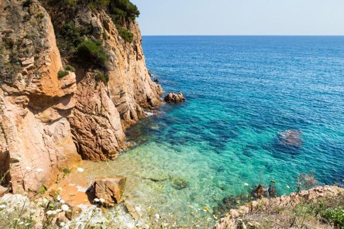 Sant-Feliu-de-Guixols-Beach-Costa-Brava