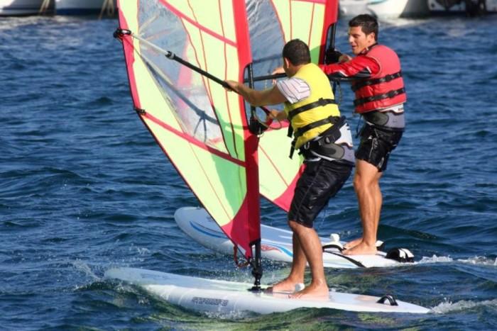 Windsurf 1